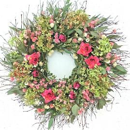 Green Hydrangea and Rose Wreath