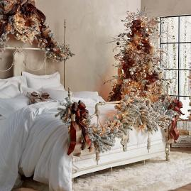 Flocked Stafford Cordless 9' Garland