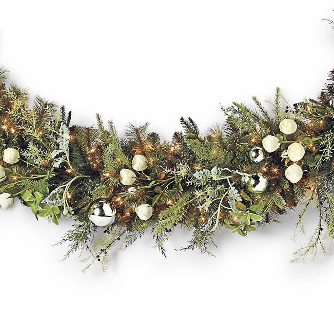 Westbury Gardens Christmas: Westbury Pre-Decorated Garland