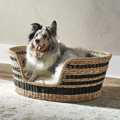 Lamai Woven Pet Bed