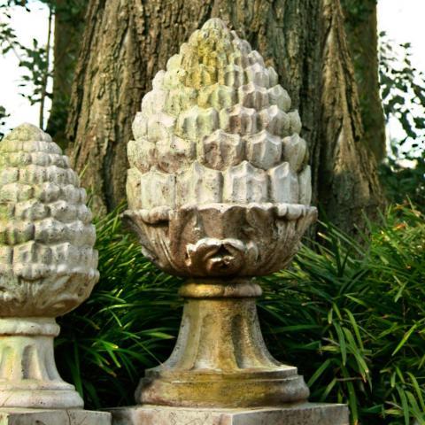 Acorn Finial Garden Statue