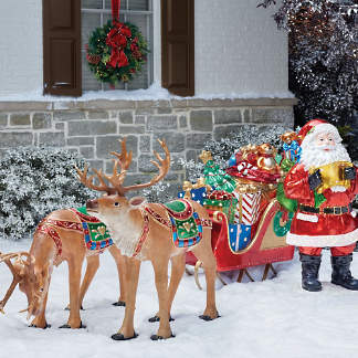 Outdoor Christmas Decorations And Displays Frontgate