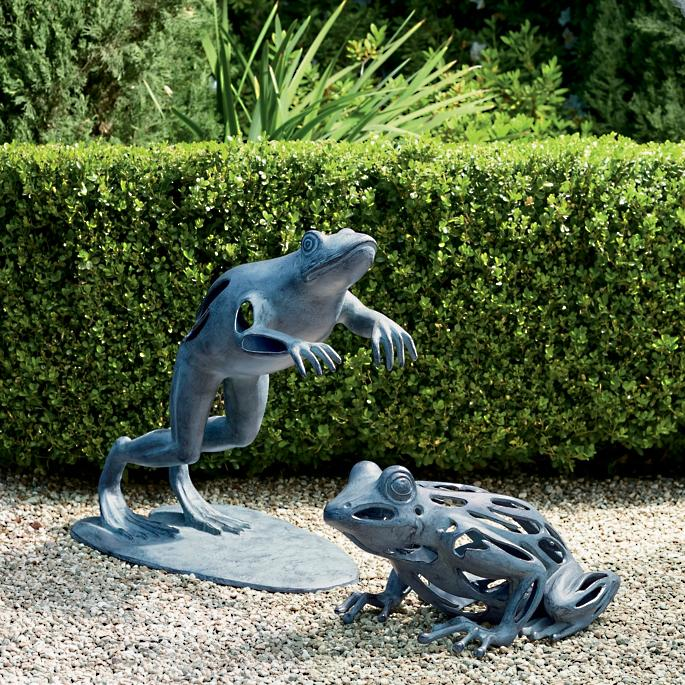 Progressing Sitting Frog Garden Sculpture