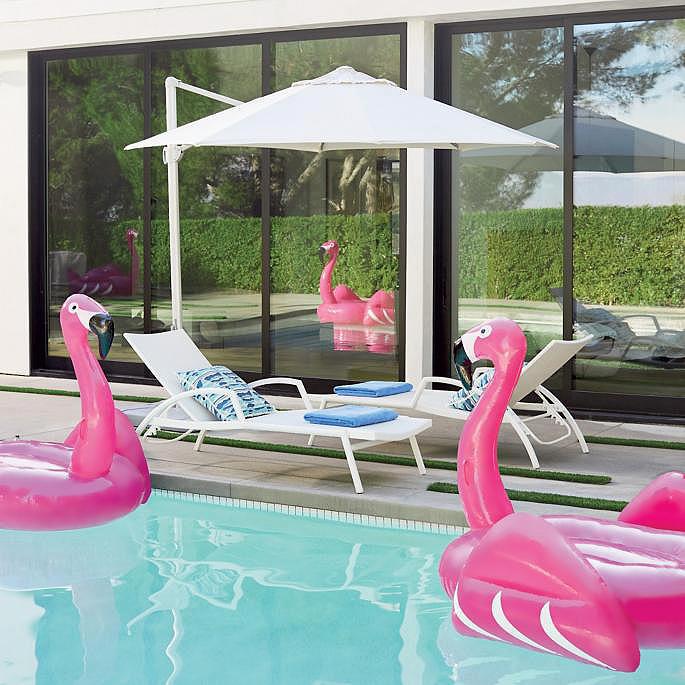 Poolside Cantilever Umbrella