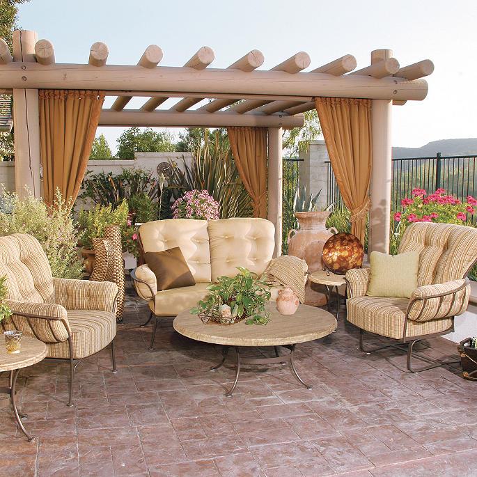 Monterra Club Chair With Cushions